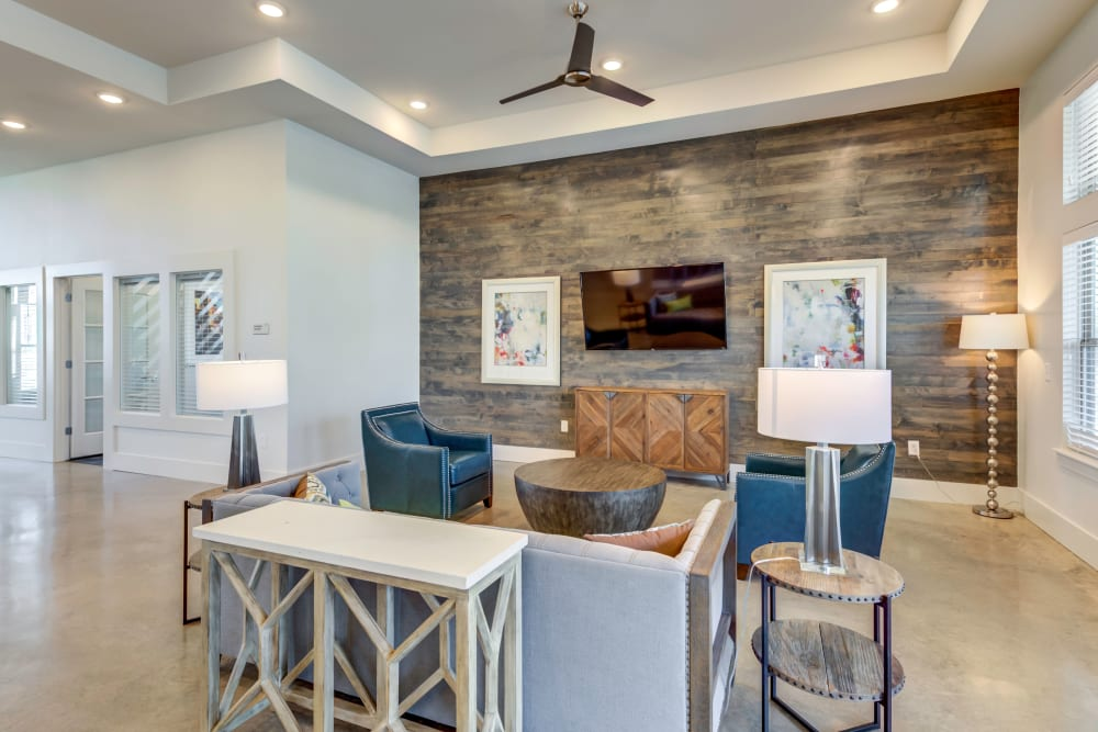 Enjoy Apartments with a beautiful lobby at The Stanton