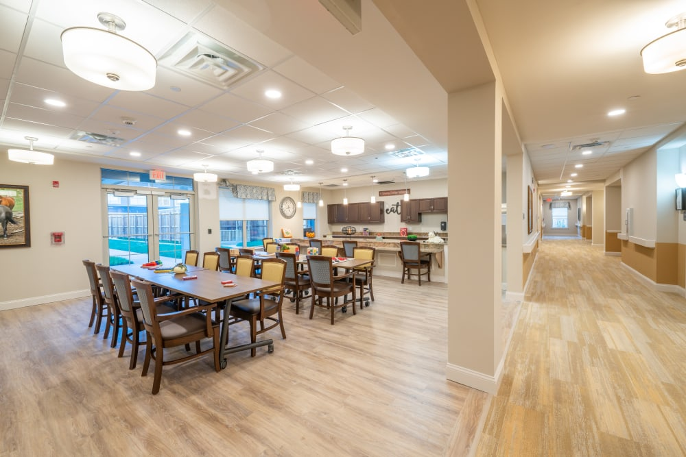 Dining area at Harmony at White Oaks in Bridgeport, West Virginia