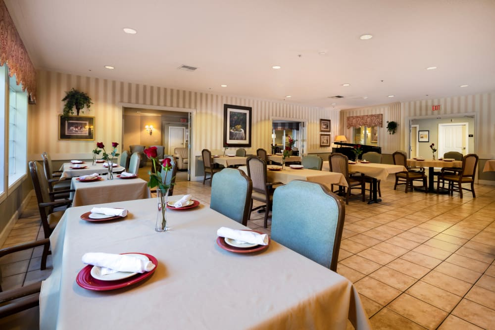 Dining Room at Brookstone Alzheimer's Special Care Center