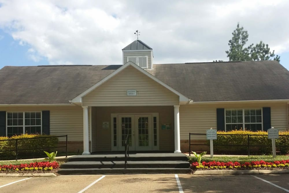 The exterior of the leasing office at Bristol Park Apartments in Jackson, Mississippi