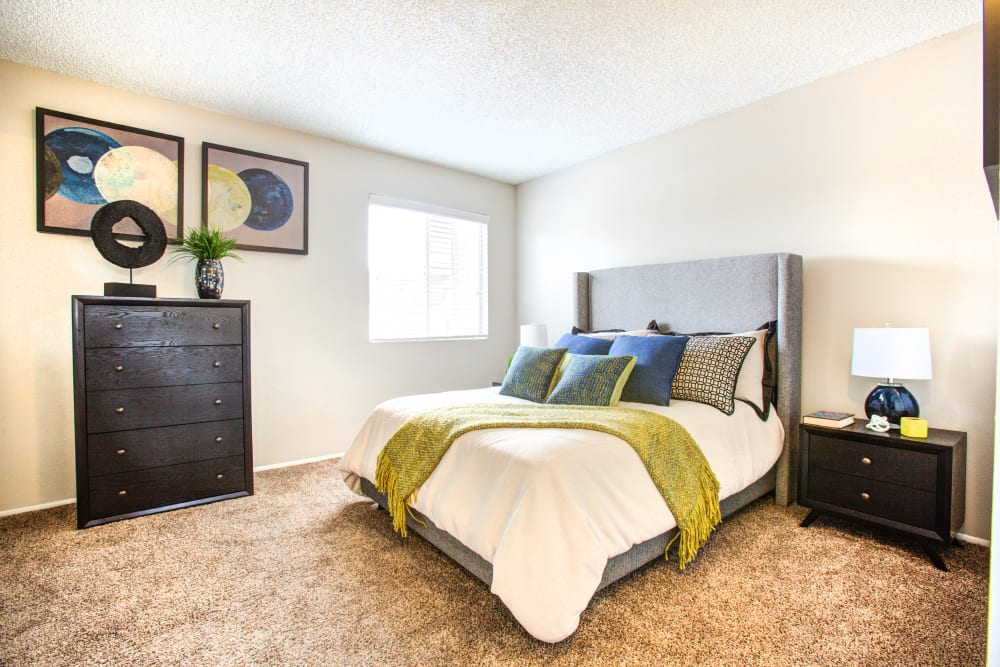 Verde Apartments offers a Bedroom in Tucson, Arizona