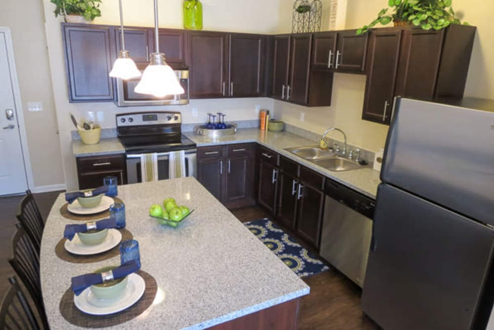 Kitchen with granite countertops at Marquis Place in Murrysville, Pennsylvania