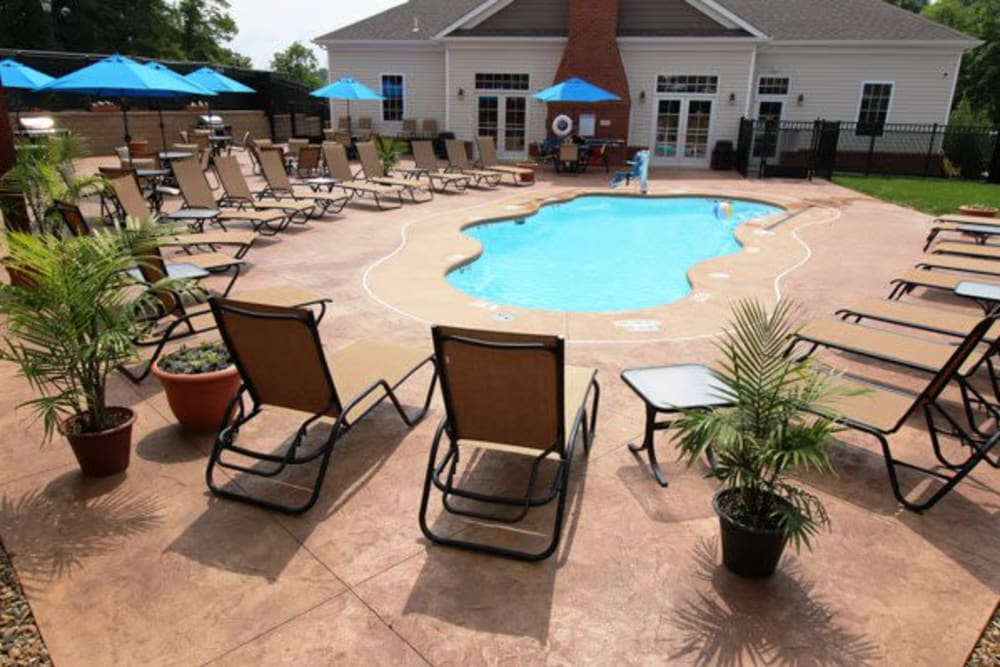 Resort-style swimming pool at Torrente Apartment Homes in Upper St Clair, Pennsylvania