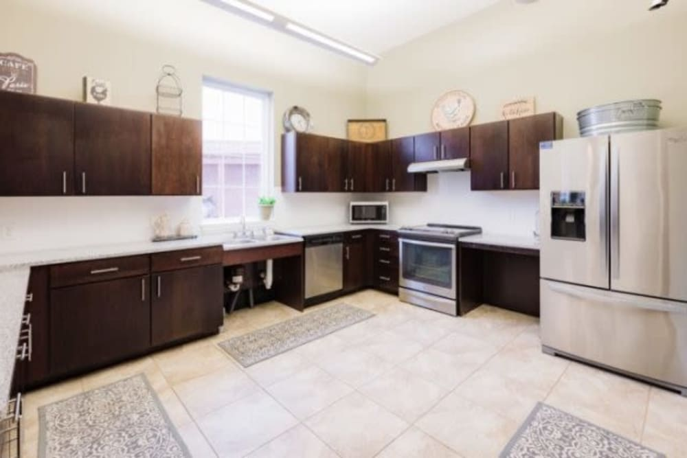 Fully equipped kitchen at Torrente Apartment Homes in Upper St Clair, Pennsylvania