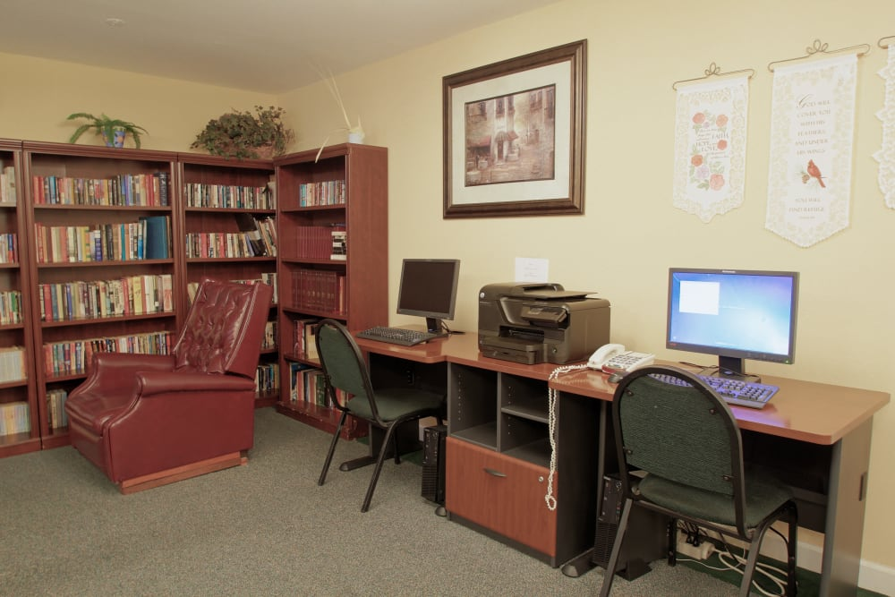 Reading and computer area at Spring Oaks in Brooksville, Florida