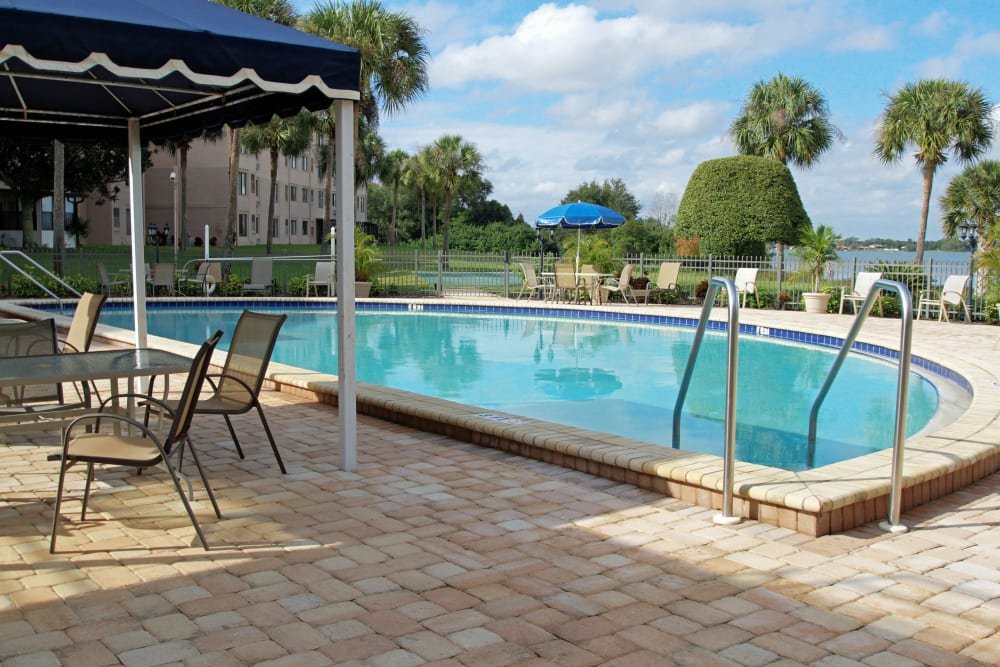 Spring Haven in Winter Haven, Florida offers a swimming pool and a hot tub