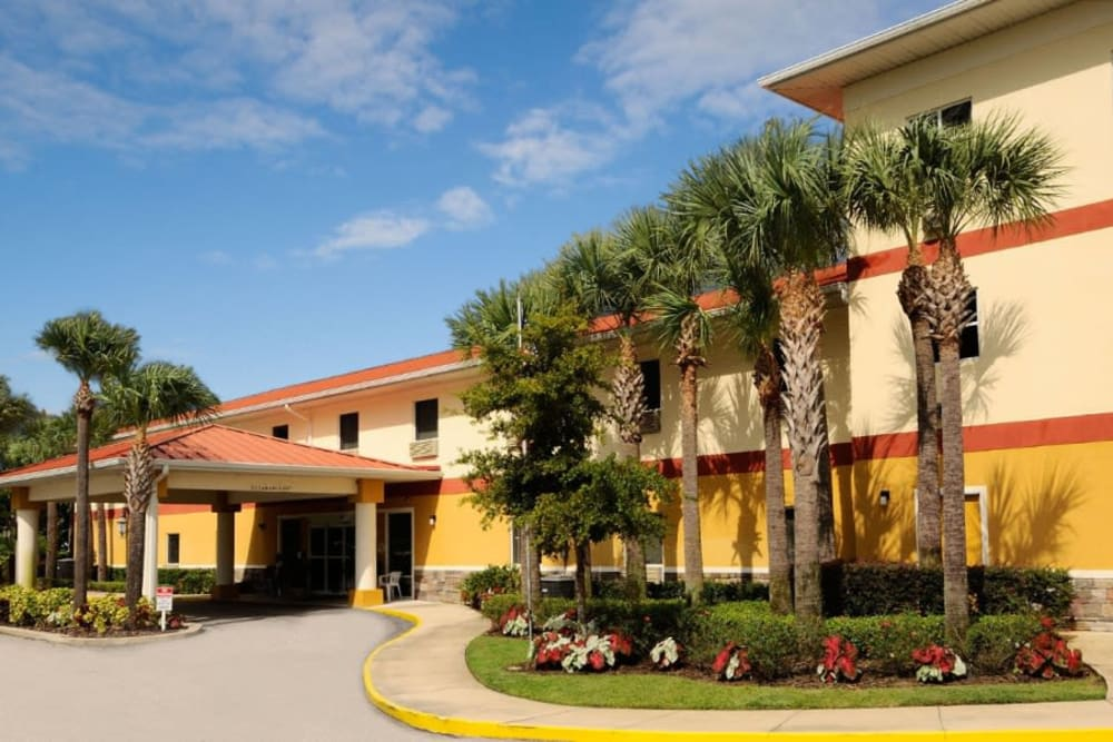 The exterior of Balmoral Assisted Living in Lake Placid, Florida