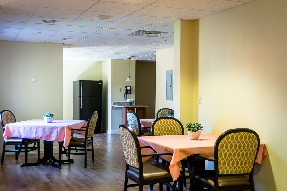 One of the dining areas at Gentry Park Orlando in Orlando, Florida