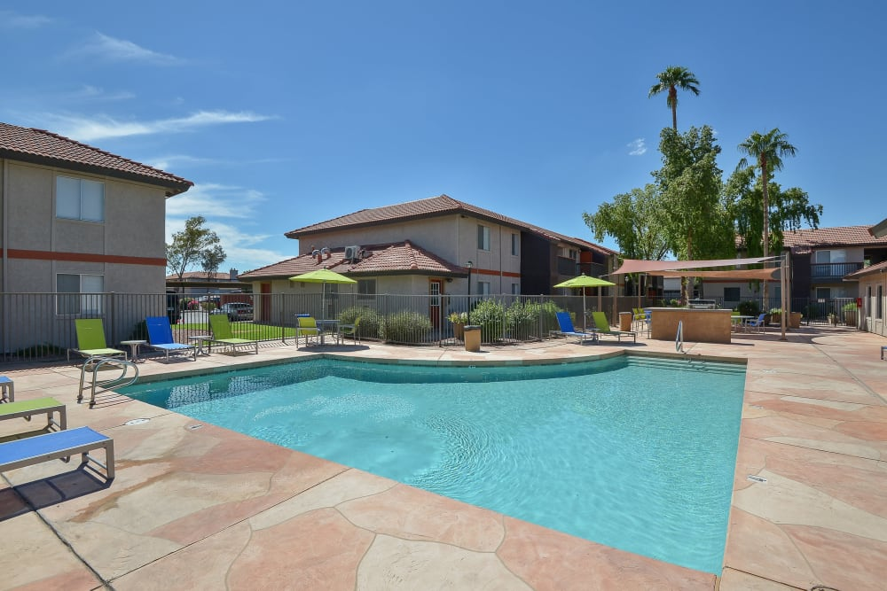 Resort-style swimming pool at 505 West Apartment Homes in Tempe, Arizona