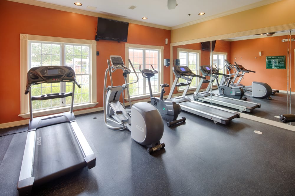 Cardio equipment and more in the fitness center at Oxford Hills in St. Louis, Missouri