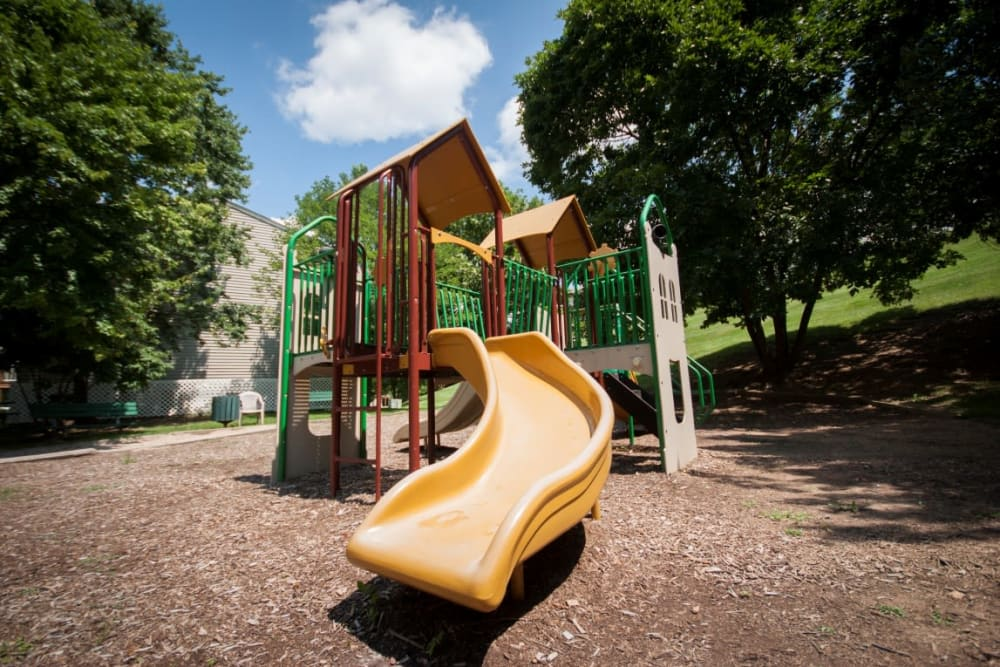 Wonderful lHickory Woods Apartments playground in Roanoke, Virginia