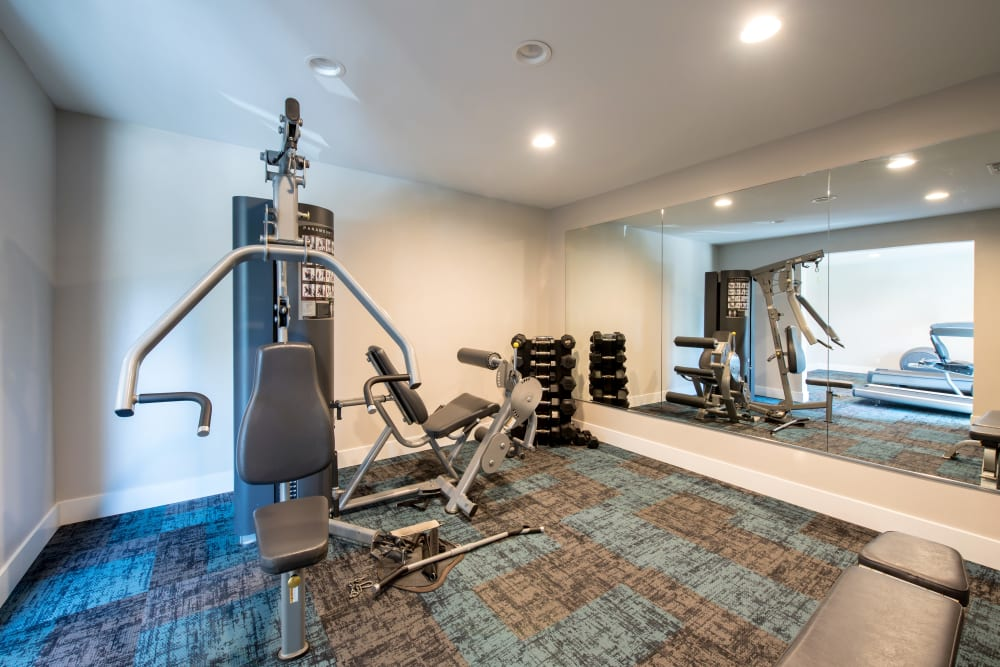 Well-equipped onsite fitness center at Sofi Thousand Oaks in Thousand Oaks, California