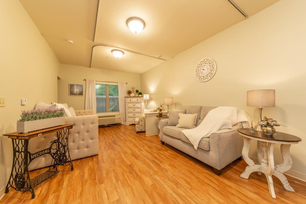 A living room at Cedar Crest Memory Care in Lafayette, Louisiana