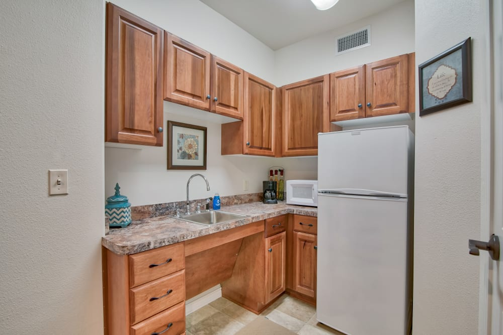Full kitchens are offered at Pelican Bay in Beaumont, Texas
