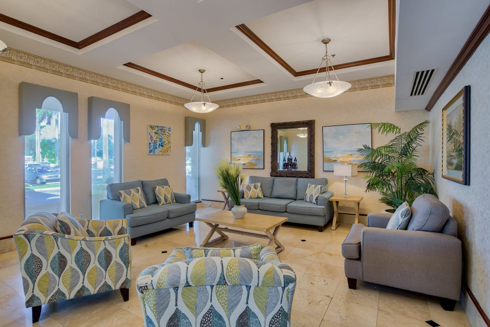 A comfortable visiting area at The Peninsula in Pembroke Park, Florida
