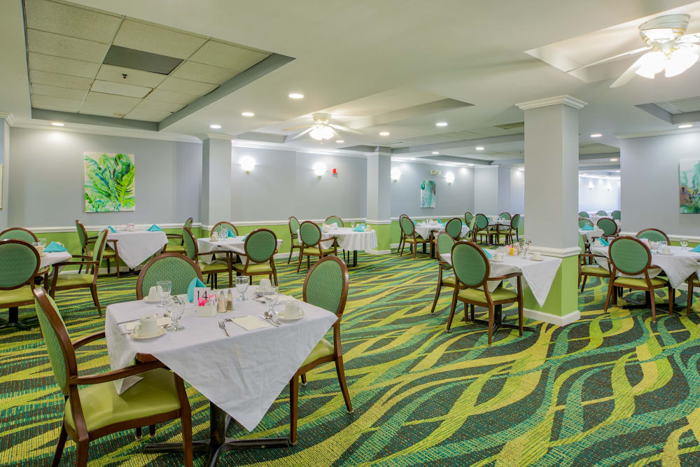 A vibrant dining room at The Peninsula in Pembroke Park, Florida