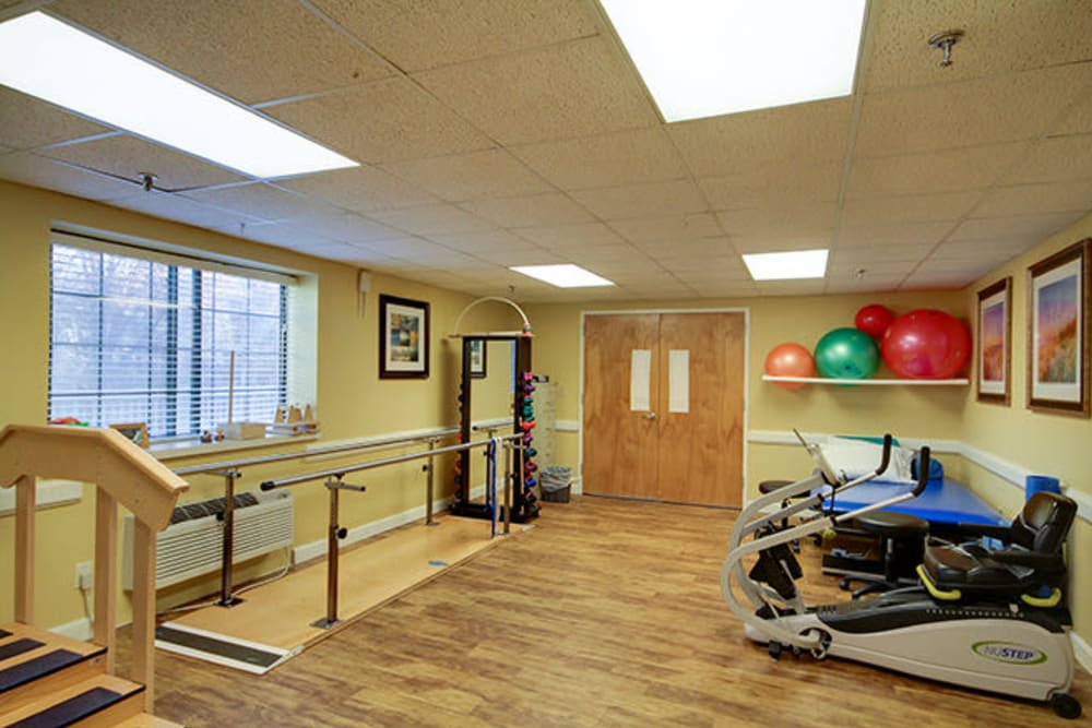 The physical therapy room at Smithfield Woods in Smithfield, Rhode Island