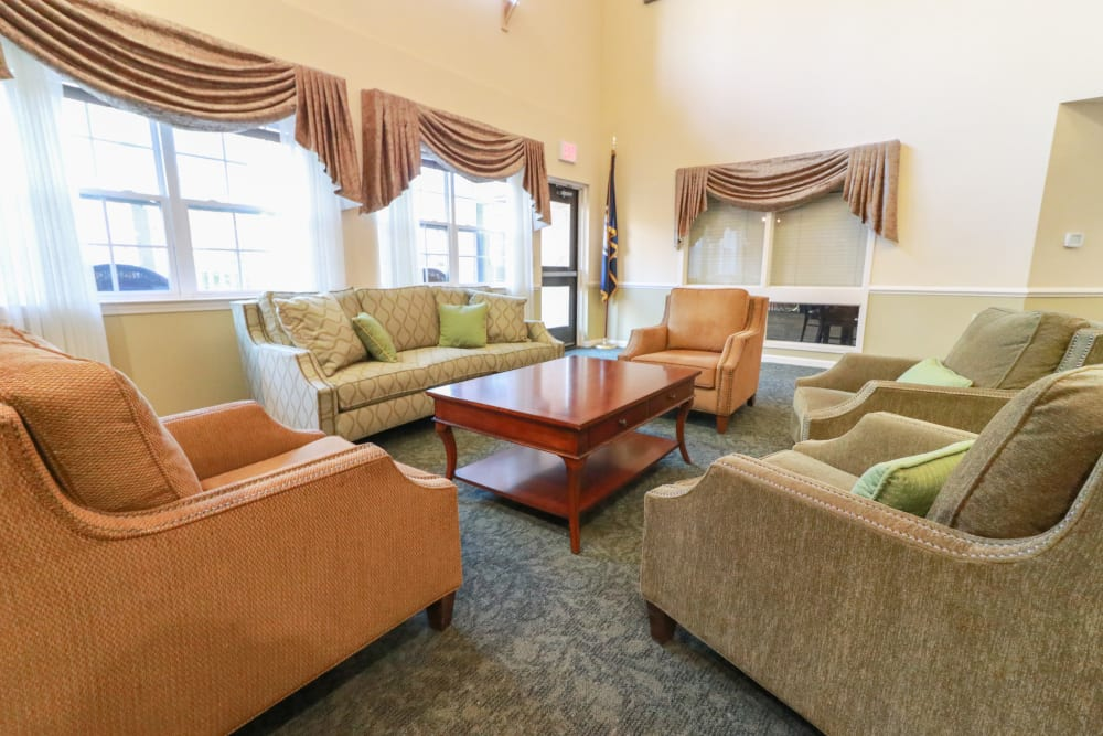 A very comfortable and inviting visiting area at The Crossings at Bon Air in Richmond, Virginia