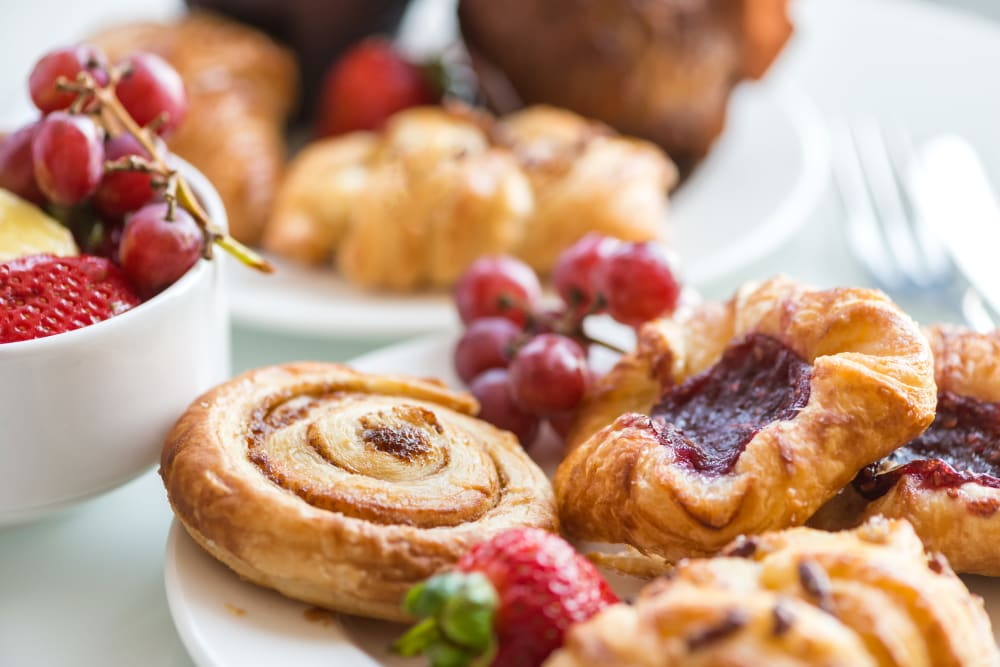 breakfast spread of fruit and pastry at Landings of Oregon in Oregon, Ohio