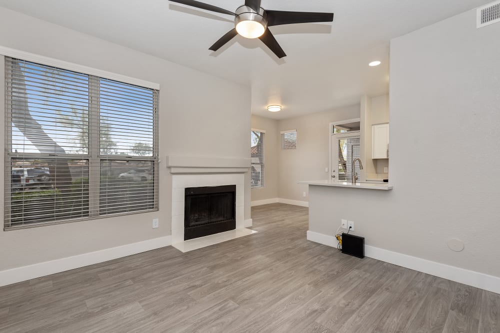 The Retreat Apartments in Phoenix, AZ offers spacious living room