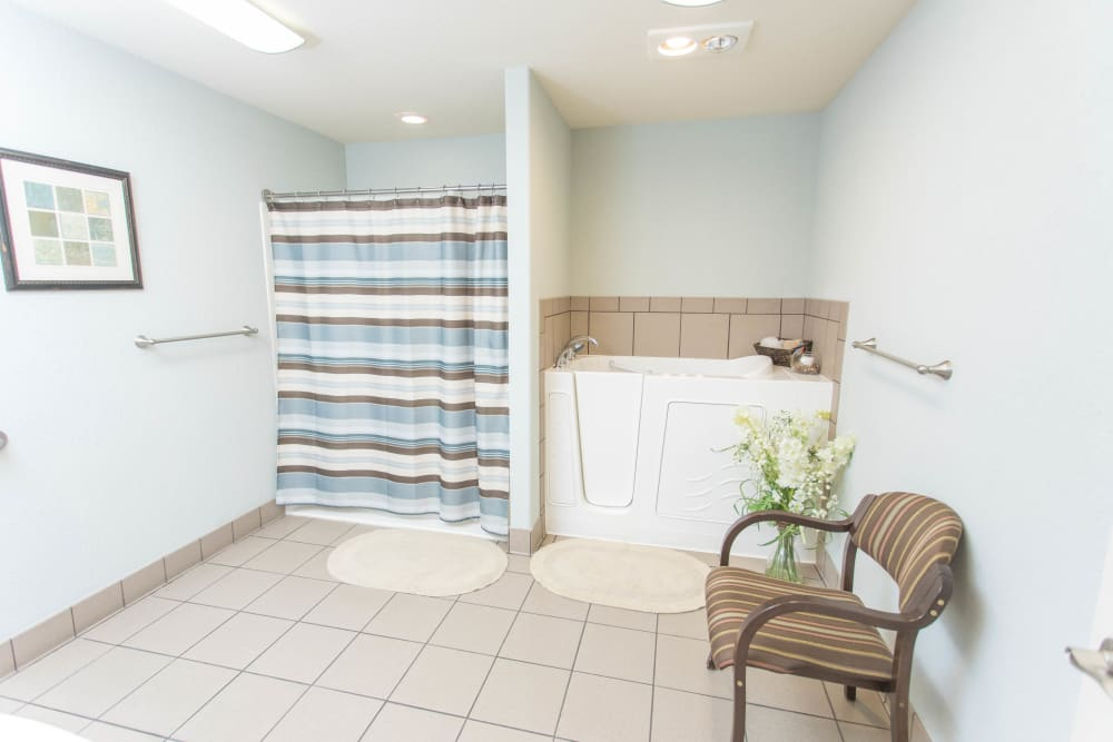 Easy-access bathroom in a home at Villas of Holly Brook Newton in Newton, Illinois