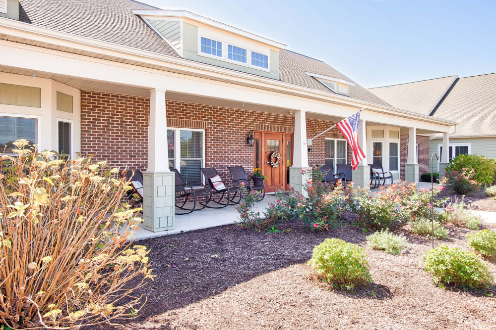 Front porch with shrubs at Landings of Huber Heights in Huber Heights, Ohio