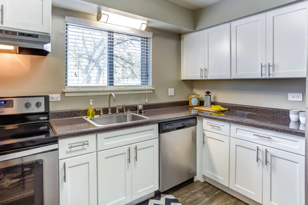 An apartment kitchen at Lakeside Apartments in Wheaton, Illinois