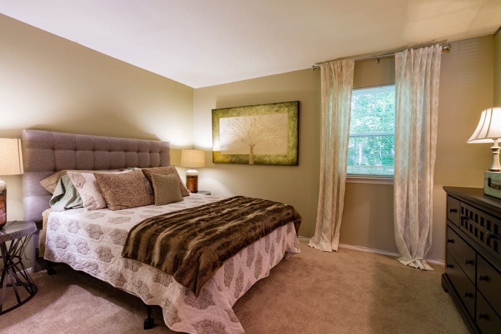Harbor Village Apartments master bedroom in Richmond, Virginia