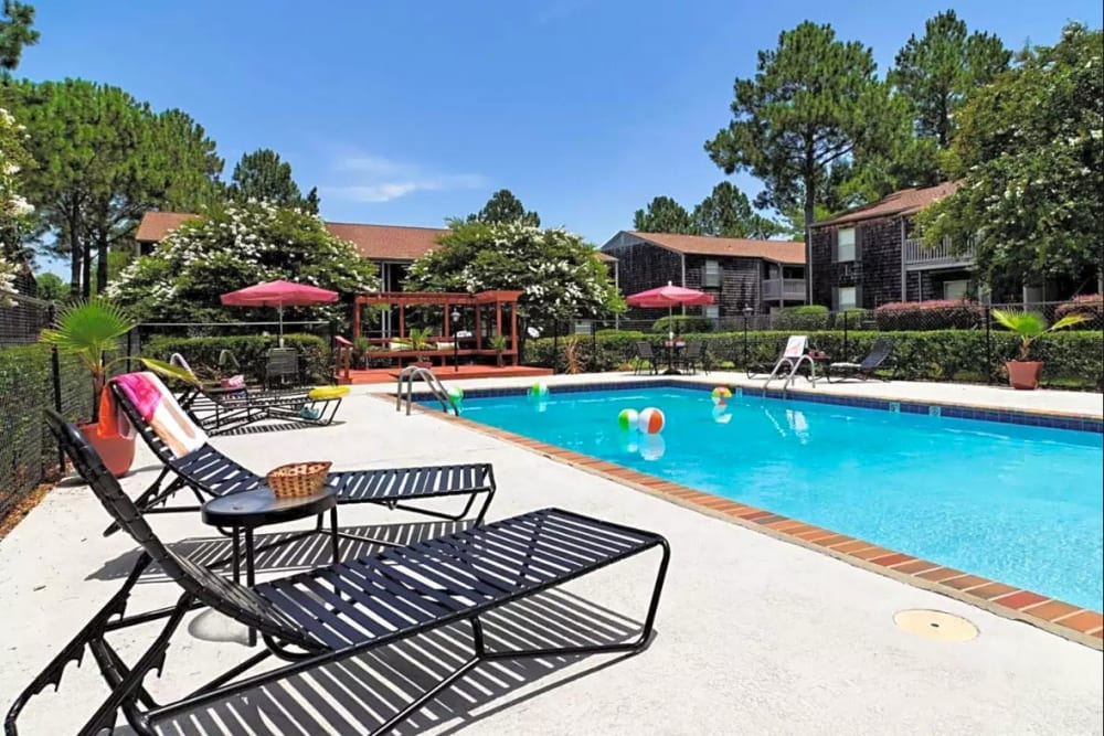 Sparkling pool at Pinebrook Apartments in Ridgeland, Mississippi