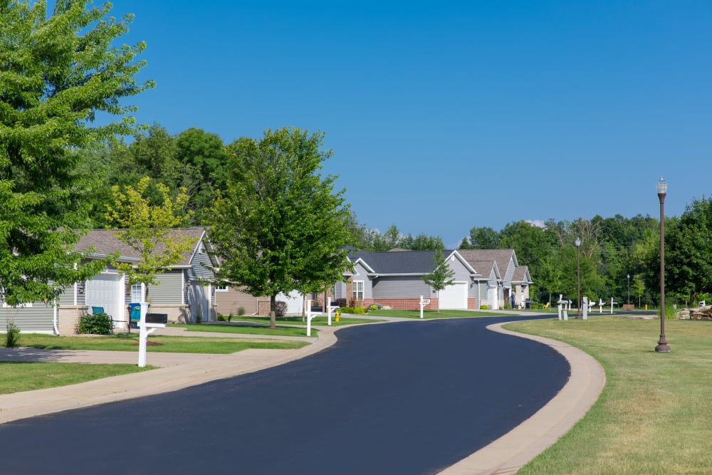 Neighborhood at Touchmark on West Prospect