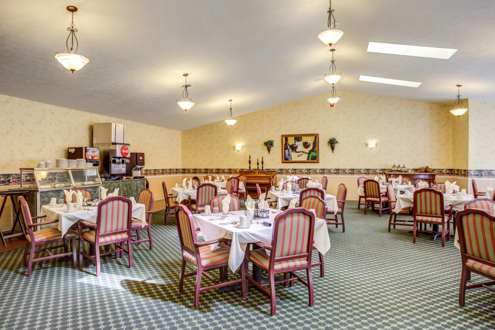 Fine dining room at Morrison Woods Health Campus in Muncie, Indiana