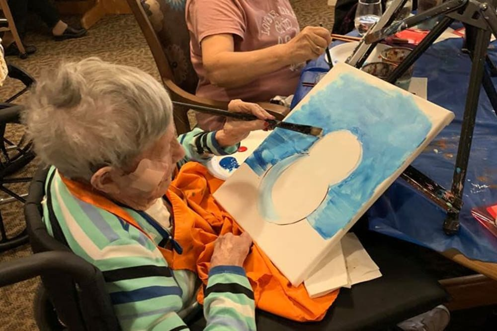Painting time at Sundial Assisted Living in Redding, California