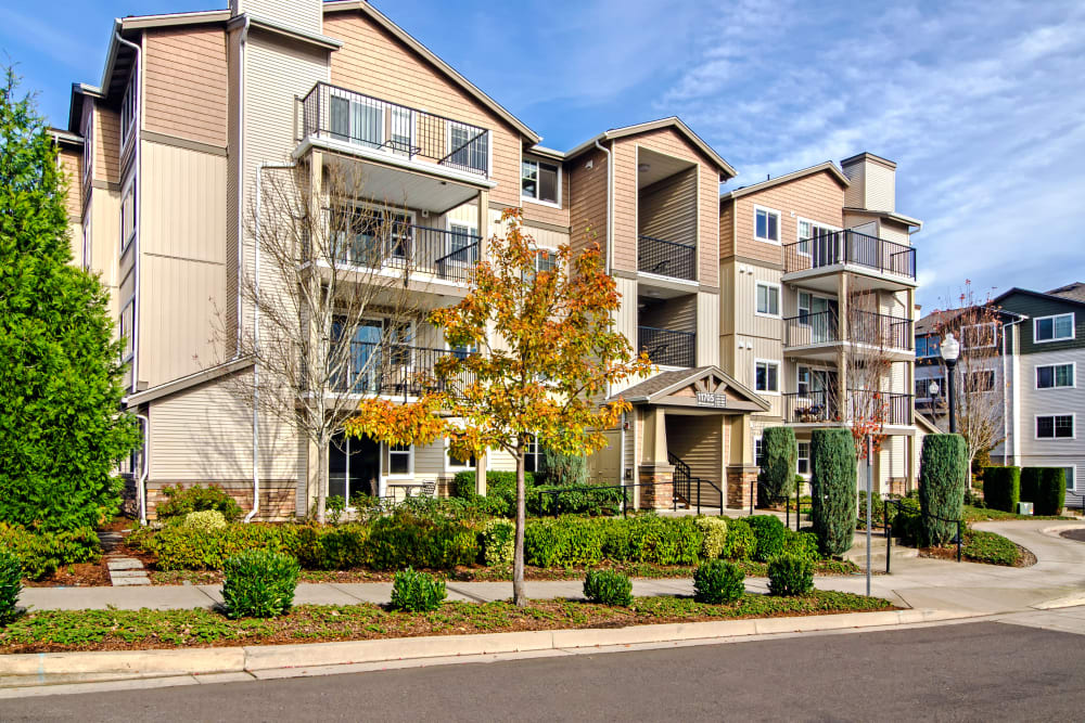 Professionally maintained landscaping throughout the community at Sofi at Cedar Mill in Portland, Oregon