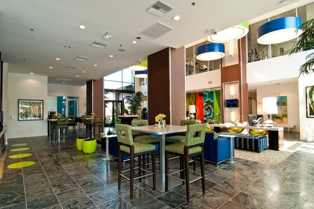Community lounge with comfortable seating near Spectra on 7th South in Phoenix, Arizona