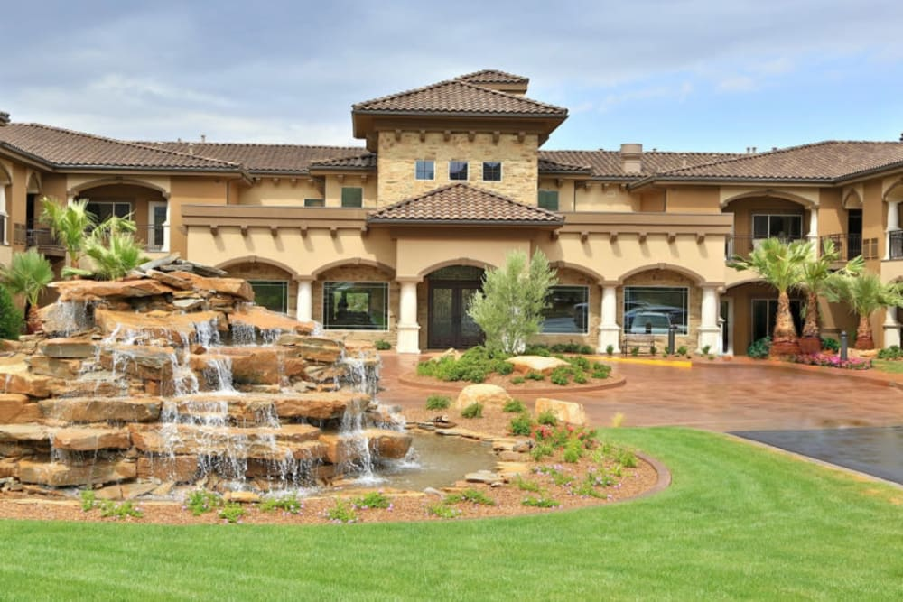 The front of The Retreat at Sunriver in St. George, Utah