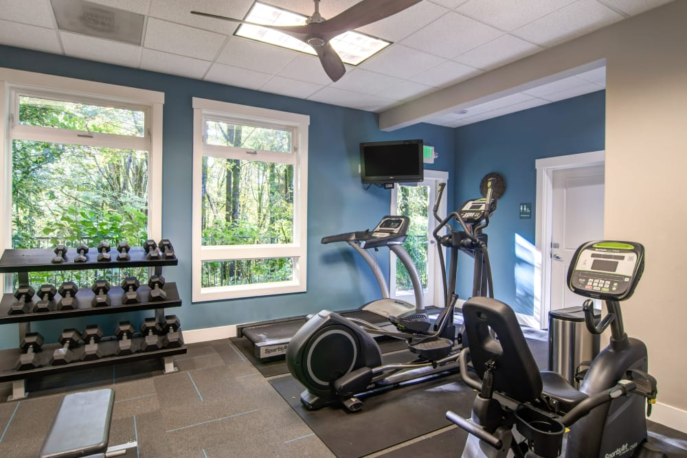 Free weights and more in the fitness center at Sofi at Forest Heights in Portland, Oregon