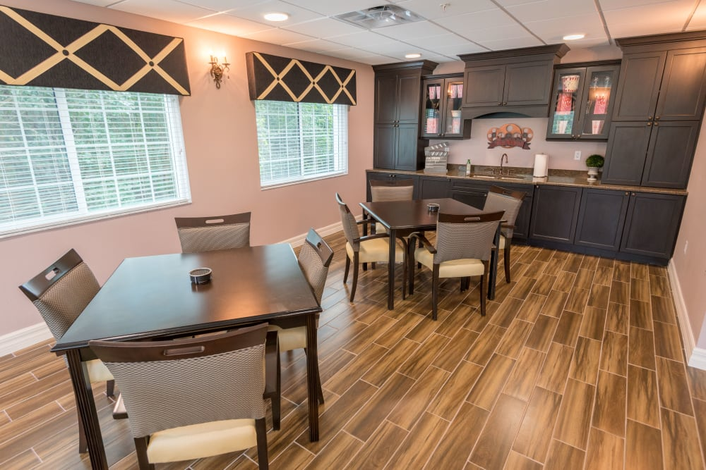 Bistro eating area at Inspired Living at Royal Palm Beach in Royal Palm Beach, Florida.