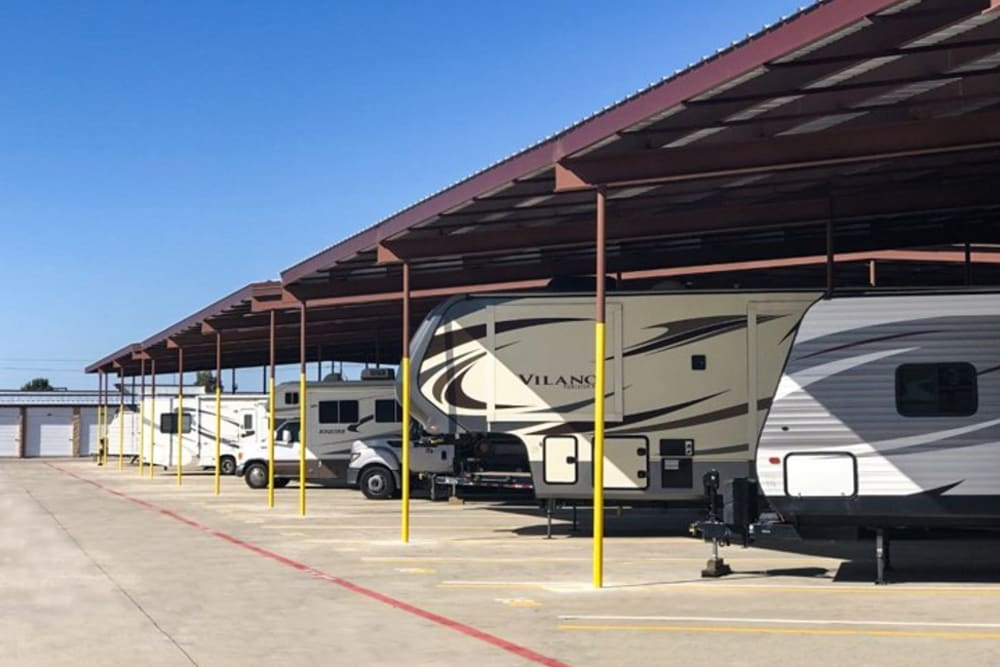 Covered RV and Boat parking at Storage 365 in Dallas, Texas