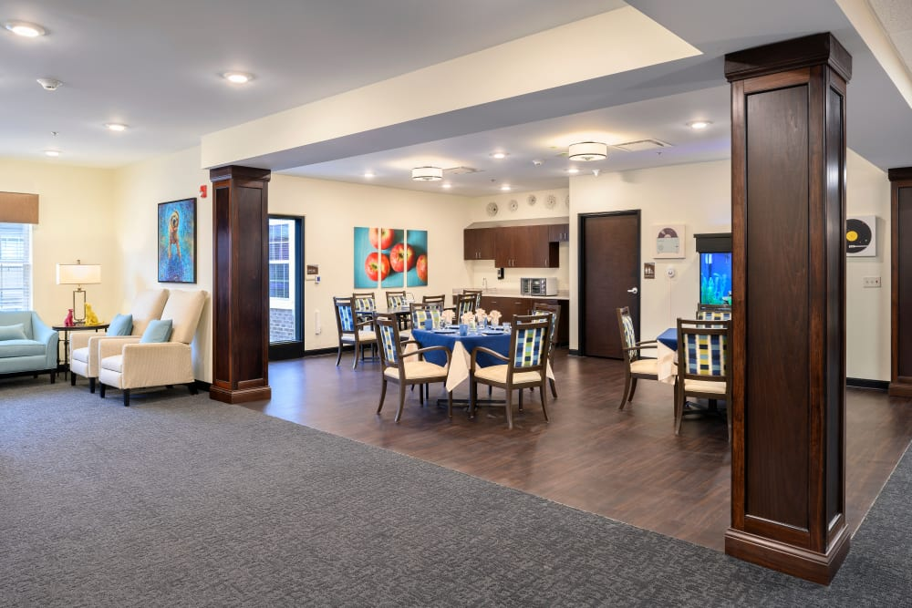 Small dining room at Smith's Mill Health Campus