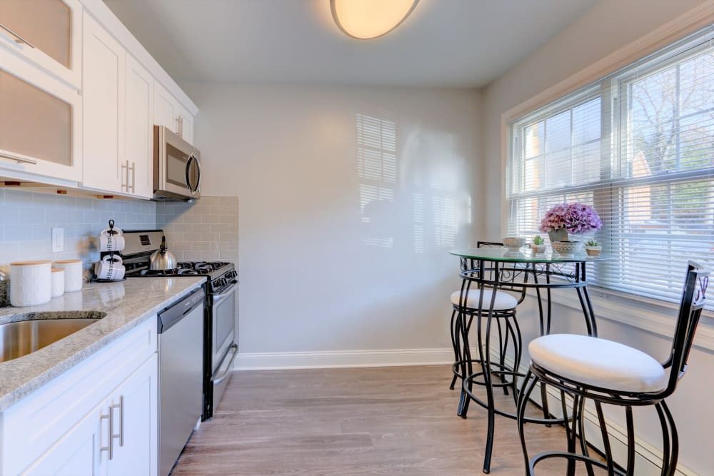 Bright, spacious kitchen at Eagle Rock Apartments at Woodbury in Woodbury, New York