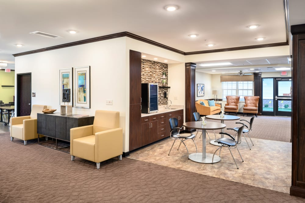 Lobby at Smith's Mill Health Campus