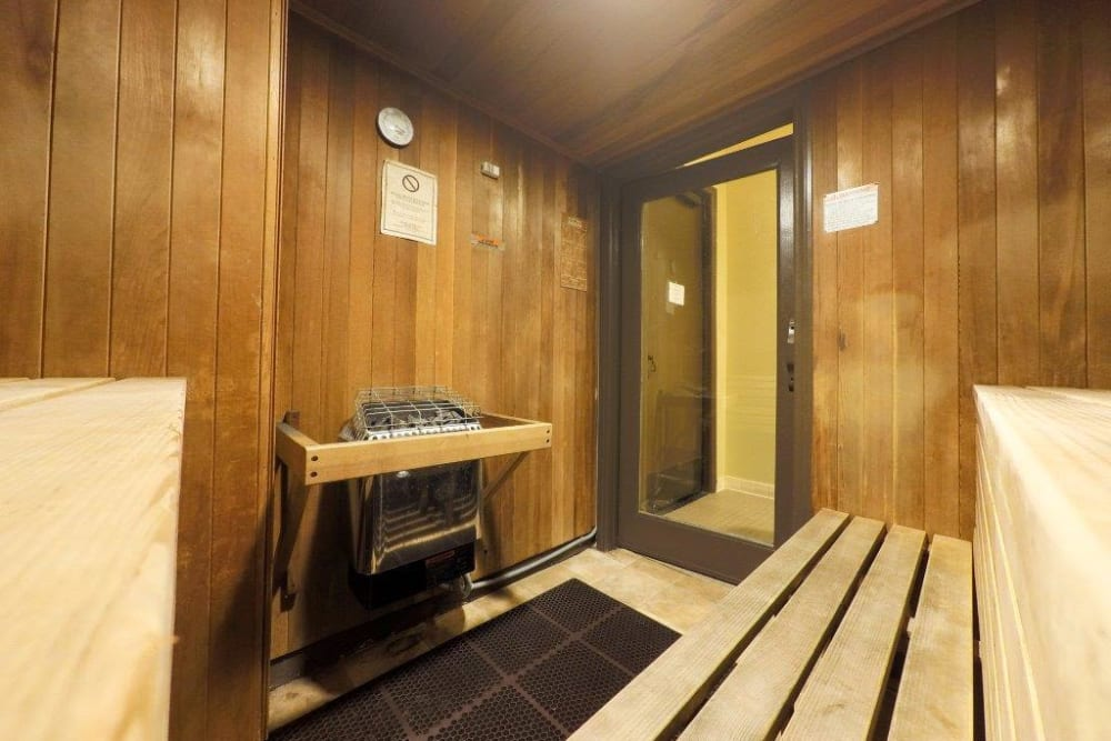 Dry sauna at Sofi Highlands in San Diego, California