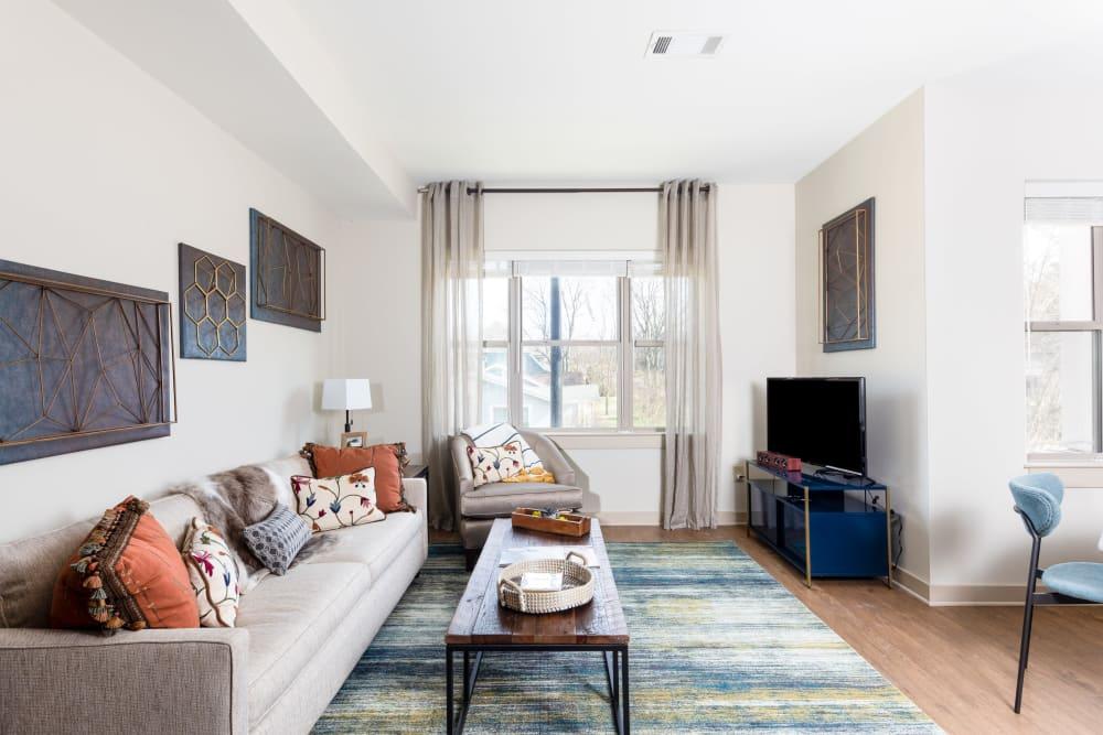 Apartment Living │ Station 40 Apartments Nashville, TN