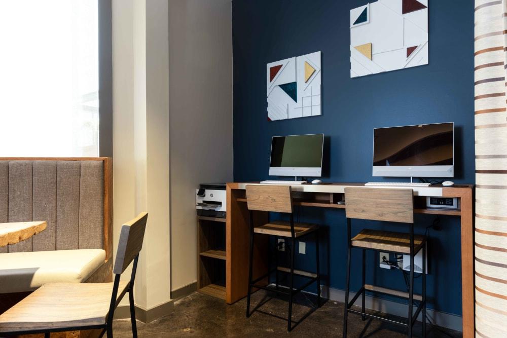 Business Center │ Station 40 Apartments Nashville, TN