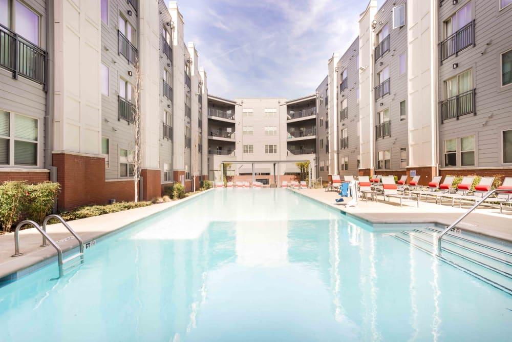 Saltwater Pool │ Station 40 Apartments Nashville, TN