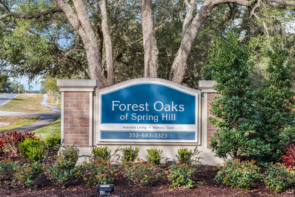 Exterior signage at Forest Oaks of Spring Hill