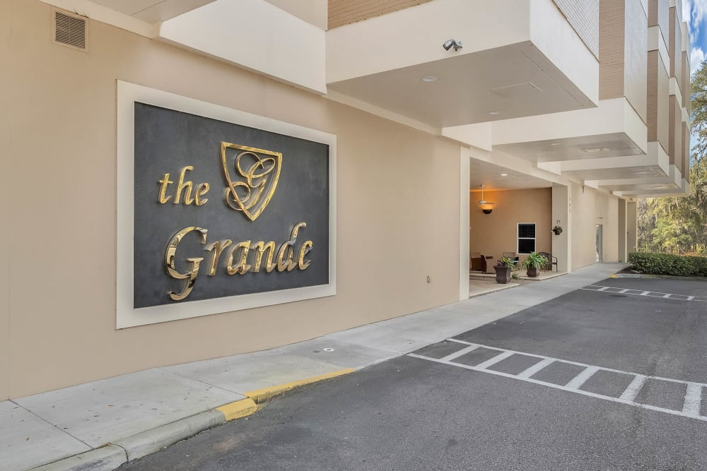 Entrance with signage at {location_name}} in Brooksville, Florida