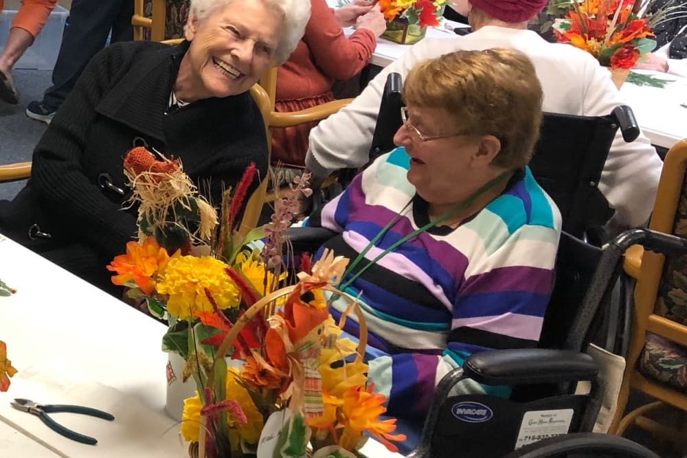 Activities at HeatherWood Assisted Living & Memory Care in Eau Claire, WI