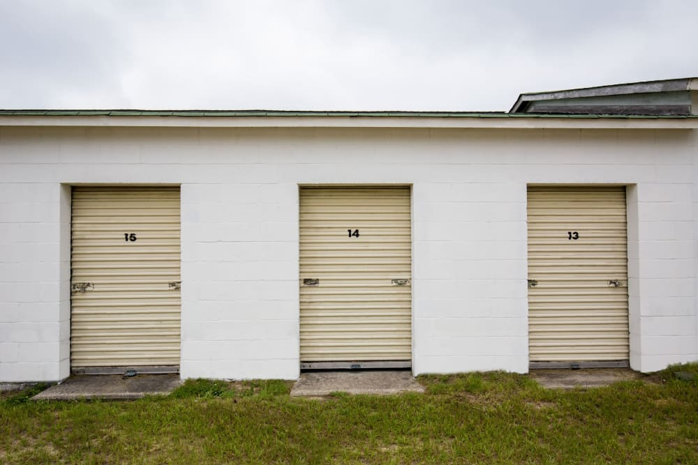 Roll-up doors on self storage units in Cassatt, South Carolina at StayLock Storage