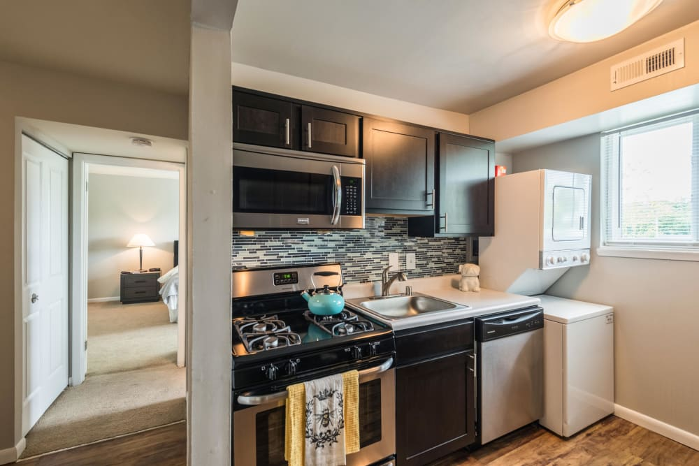 Upgraded kitchen appliances at The Blvd at White Springs in Nottingham, Maryland